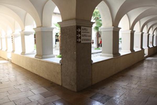 Impresivni križni svodovi Velikog klaustra
