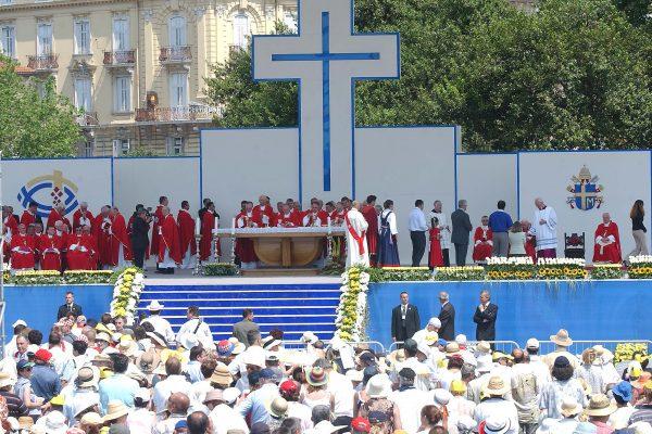 Misa na Delti-Rijeka; 08.06.2003.